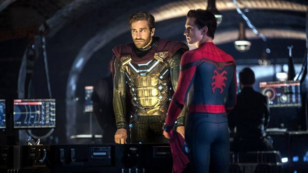 Jake Gyllenhaal y Tom Holland, en 'Spider-Man: Lejos de casa'